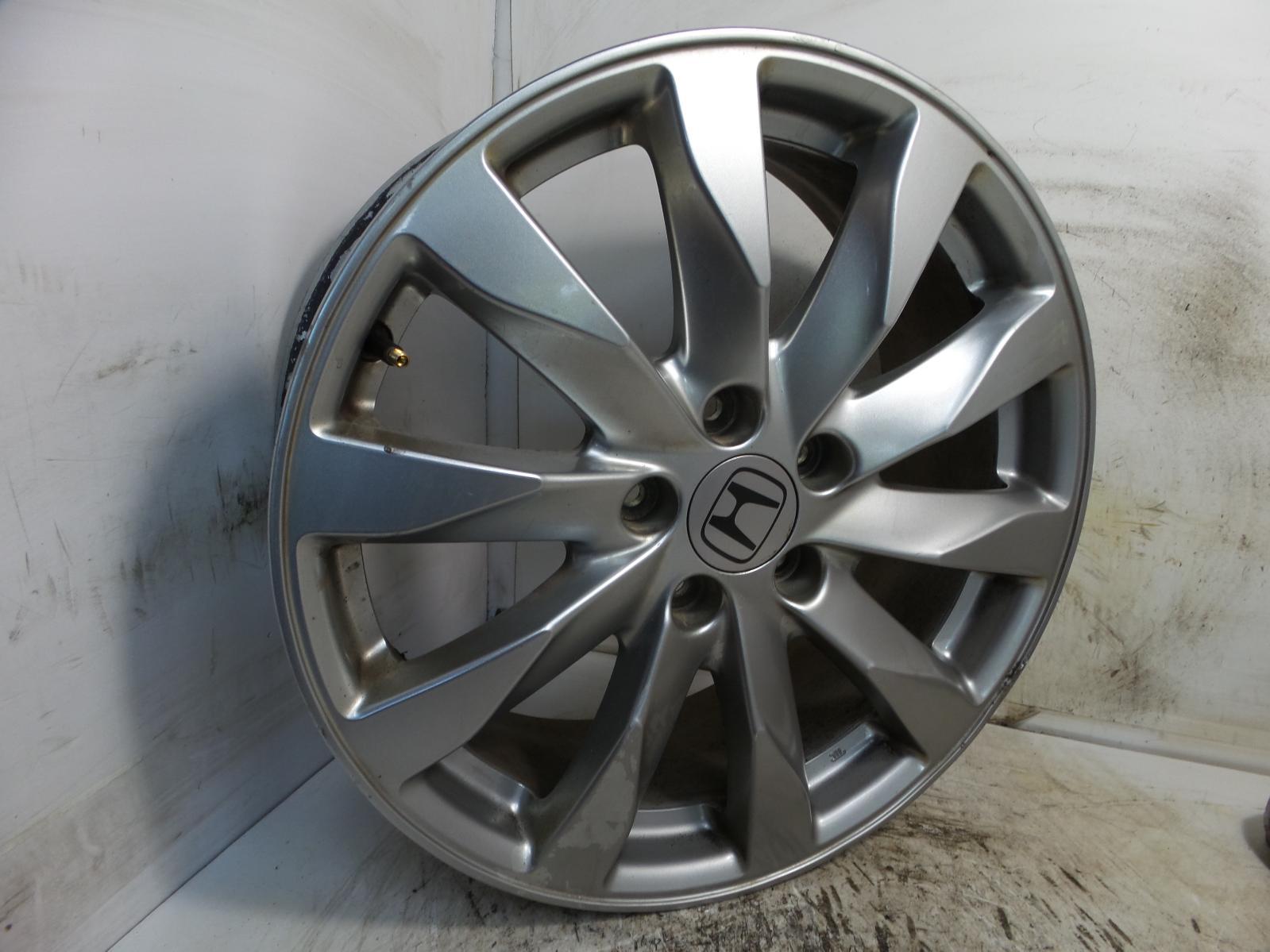2010 honda crv alloy wheel 5 stud 10 spoke design 7j x 18 inch et50 ebay. Black Bedroom Furniture Sets. Home Design Ideas